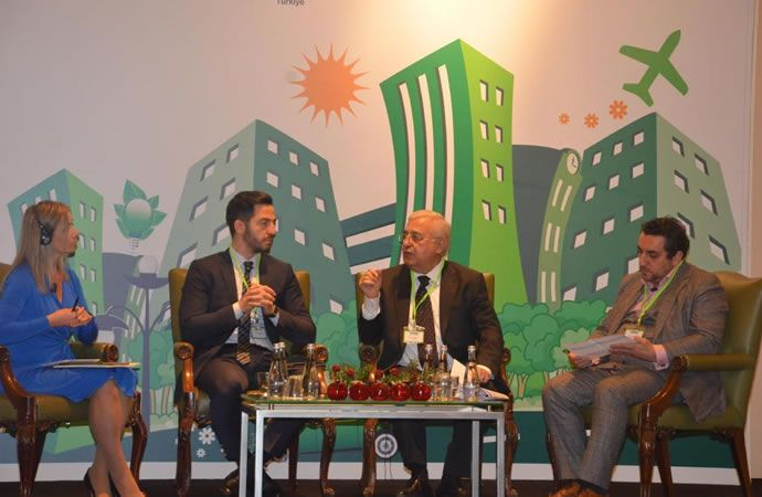 Türkiye Bilişim Teknolojileriyle Dönüşüyor